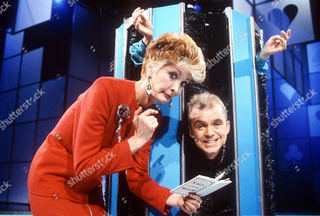 MARTI CAINE AND WAYNE DOBSON IN 'A KIND OF MAGIC' - 1990