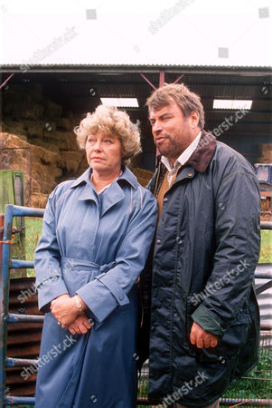 ROSEMARY LEACH AND BRIAN BLESSED IN 'BOON' - 1989