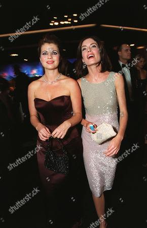 Yasmine Bleeth & Lara Flynn Boyle