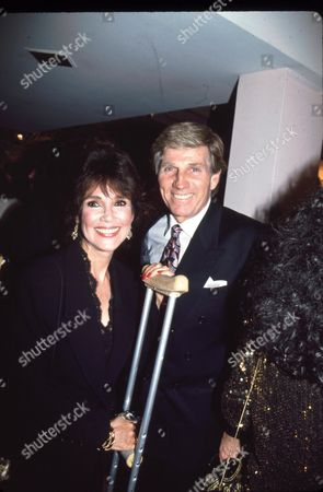 Mary Ann Mobley and Gary Collins