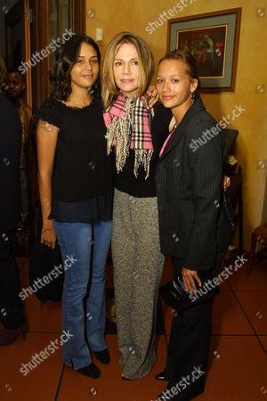 Kidada Jones Peggy Lipton and Rashida Jones
