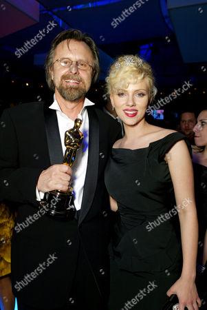 Jan A P Kaczmarek and Scarlett Johansson