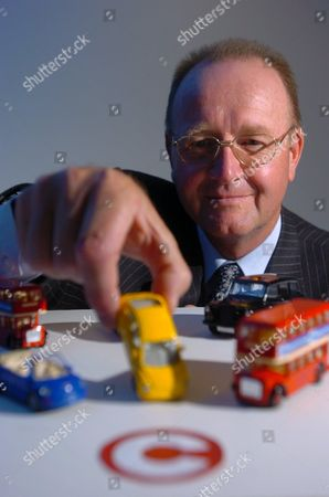 HYDER CONSULTING PLC - Chief Executive Tim Wade - 2004