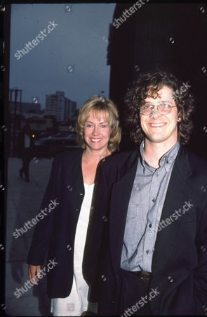 Catherine Hicks and Kevin Yaeger