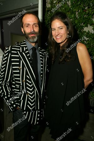 Roman Alonso and Katherine Ross