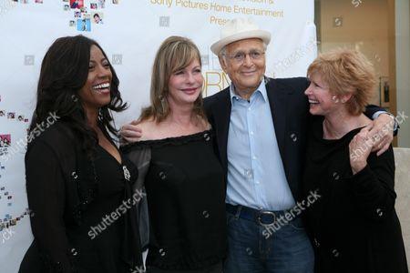 Bernadette Stanis, Lyn Lear, Norman Lear and Bonnie Franklin