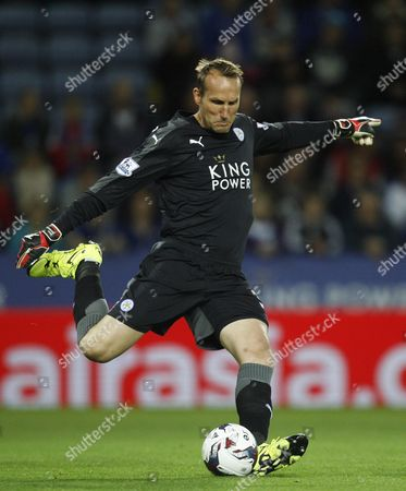 Mark Schwarzer of Leicester City in action