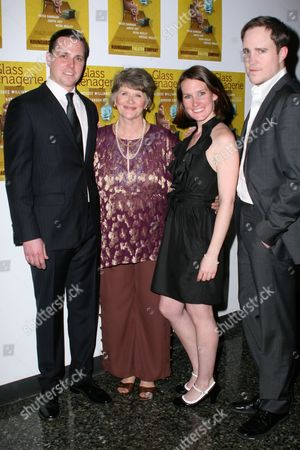 Michael Mosley, Judith Ivey, Keira Keeley, Patch Darragh