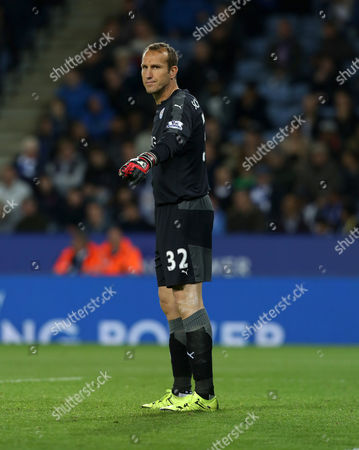 Leicester City's Mark Schwarzer during the Capital One Cup round three match between Leicester City and West Ham United played at The King Power Stadium