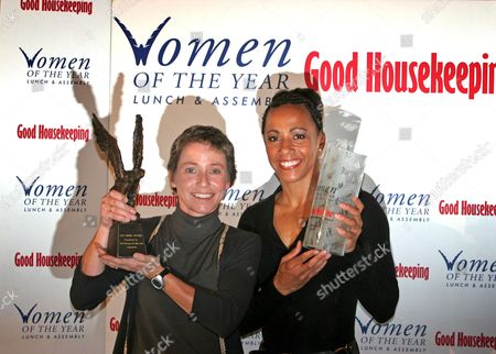 Jane Tomlinson winner of 'The Frink Awawrd and 'Kelly Holmes, double Gold Medallist who is given 'Woman of the Year Outstanding Achievement Award' sponsored by Good Housekeeping magazine, London, Britain - 11 Oct 2004