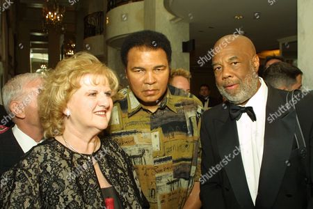 Helen Harris Muhammad Ali and Howard Bingham