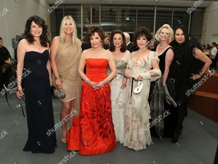 Cynthia Sikes, Irena Medavoy, Lynda Resnick, Wendy Goldberg, Carole Bayer Sager, Kelly Day and Eva Chow