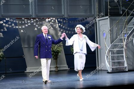 Editorial photo of 'Anything Goes' Opening Night at the Sondheim Theatre, New York, America - 07 Apr 2011