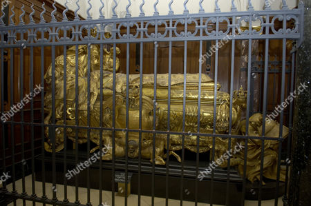 Coffin of queen sophie charlotte inside the berlin dome, berlin, germany