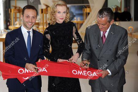 Stephen Urquhart, Malik Bey, Laura Burdese, Nicole Kidman (wearing Valentino)