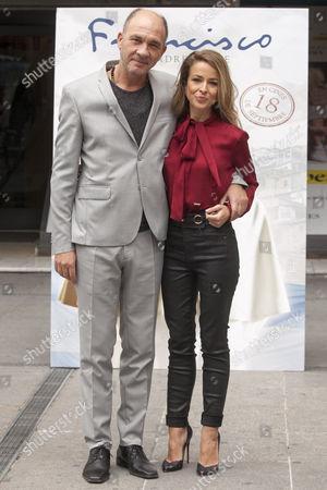 Dario Grandinetti and Silvia Abascal