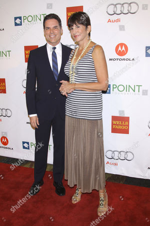 Jorge Valencia and Mercedes Ruehl