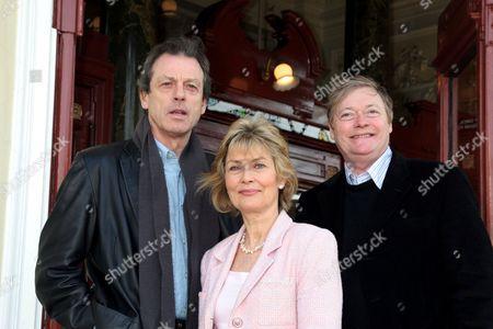 Leslie Grantham, Alexandra Bastedo and Simon Ward