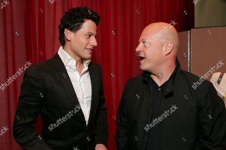 Ioan Gruffud  and Michael Chiklis