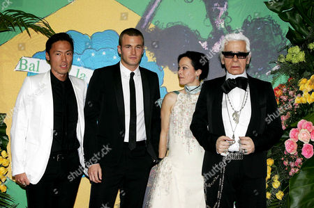 Stephen Gan, Brad Kroenig, Lady Amanda Harlech and Karl Lagerfeld
