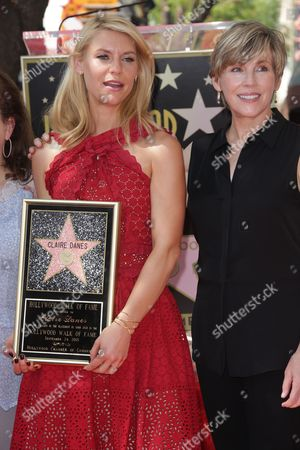 Stock Photo of Claire Danes with Bess Armstrong