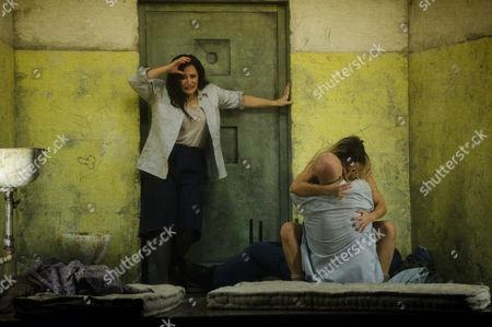 Patricia Racette (Katerina Lvovna Ismailova), John Daszak (Sergei), Rosie Aldridge (Female Convict).