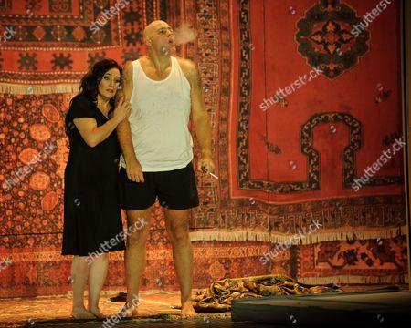 Patricia Racette (Katerina Lvovna Ismailova), John Daszak (Sergei).