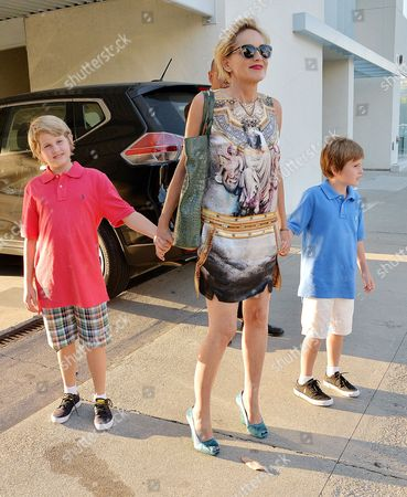 Stock Picture of Sharon Stone, Laird Vonne Stone, Quinn Kelly Stone