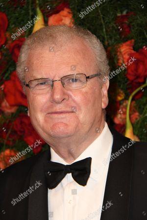 Sir Howard Stringer