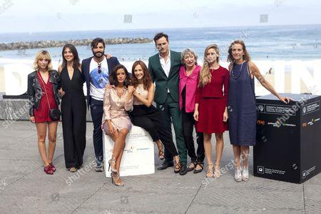 Leticia Dolera, Verinica Moral, Alex Garcia, Asier Etxeandia, Luisa Gavasa, Manuela Velles, Consuelo Trujillo, Inma Cuesta and Paula Ortiz
