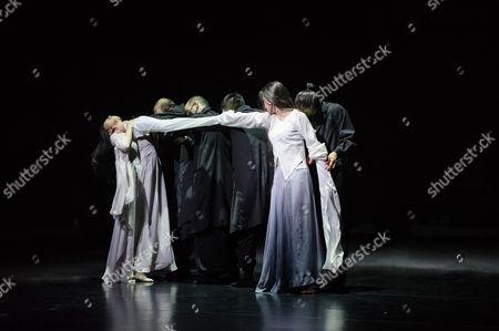 The dancers are: Yabin Wang, Li Chao, Kazutomi Kozuki, Elias Lazaridis, Johnny Lloyd, Fang Yin, Qing Wang. The musicians are: Manjunath B Chandramouli, Barbara Drazkowska, Kaspy Kusosa Kuyubuka, Woojae Park.