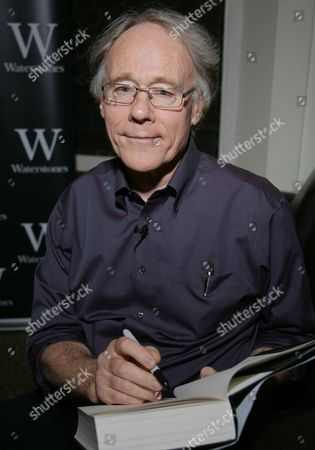 Editorial photo of Graham Hancock 'Magicians of the Gods' book signing, Reading, Britain - 29 Sep 2015