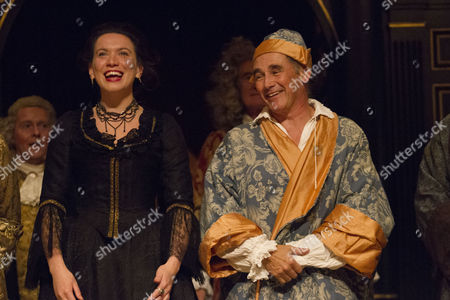 Stock Photo of Melody Grove (Isabella Farnese) and Mark Rylance (Phillipe V) during the curtain call