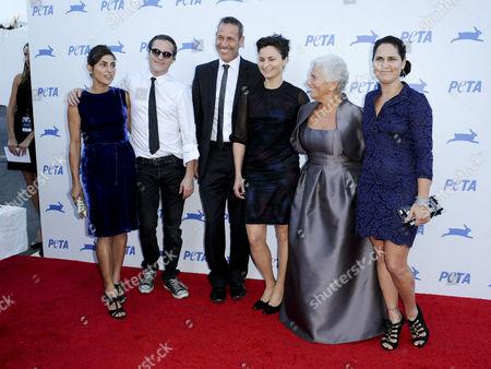 Summer Phoenix, Joaquin Phoenix, Rain Phoenix, Jeffrey Weisberg, and Arlyn Phoenix and Liberty Phoenix