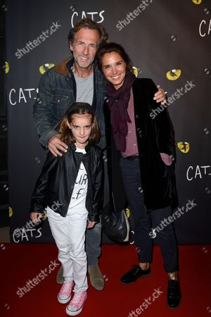 Stephane Freiss with his wife and his daughter