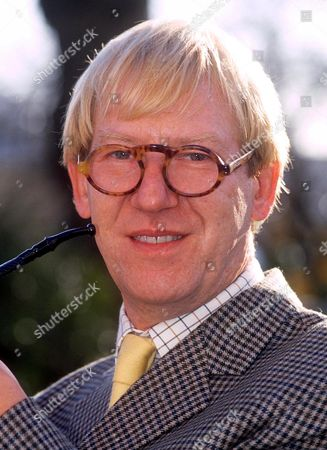 Laurence Marks, Pipesmoker of the Year - 1990