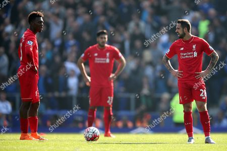 Daniel Sturridge of Liverpool, left and Danny Ings look dejected after Everton equalise during the Barclays Premier League match between Everton and Liverpool, played at Goodison Park, Liverpool. 0-1