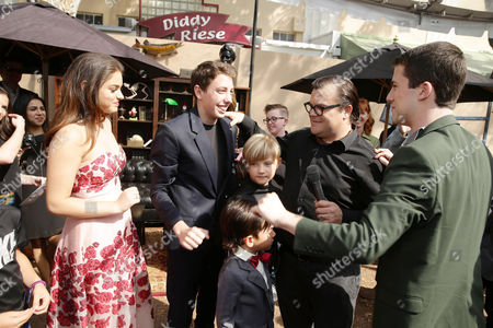 Odeya Rush, Ryan Lee, Samuel Jason Black, Thomas David Black, Jack Black, Dylan Minnette