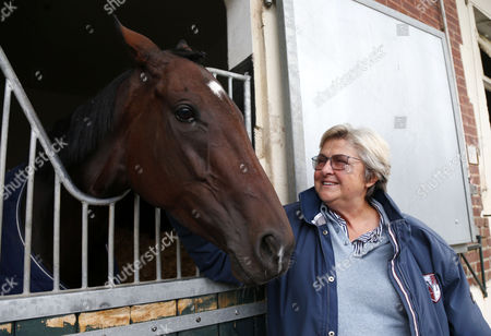 Stock Picture of Criquette Head with Treve after retiring at her yard Chantilly