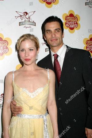 Christina Applegate and Jonathan Schaech