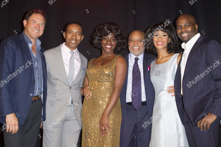 Kevin McCollum (Producer), Charles Randolph-Wright (Director), Aisha Jawondo (Martha Reeves), Berry Gordy, Lucy St Louis (Diana Ross) and Cedric Neal (Berry Gordy)