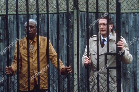 'Tales out of School' - A SCENE FROM 'BIRTH OF A NATION' - 1982 - Ray Mort.