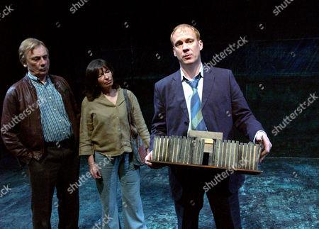 TOM GEORGESON (RONNIE), MARION BAILEY (MAUREEN) AND SHUAN DINGWALL (JOEY)