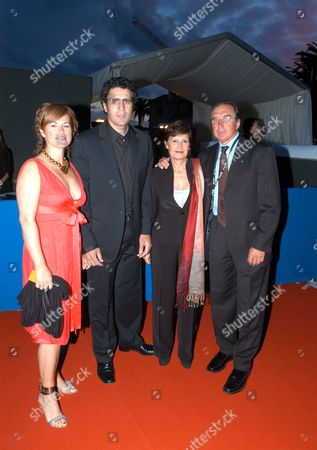 MIGUEL INDURAIN AND WIFE WITH HUGO PORTA AND WIFE.
