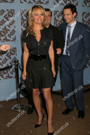 Pamela Anderson, Brian Scolaro, Elon Gold