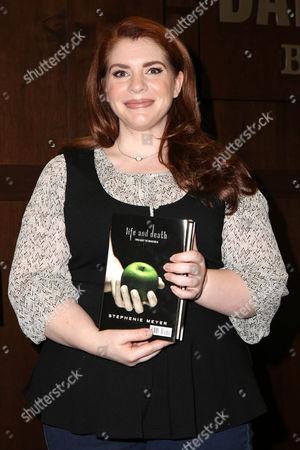 Editorial image of Stephenie Meyer book signing, New York, America - 12 Oct 2015