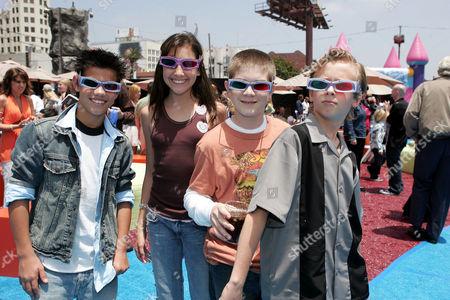 Taylor Lautner, Taylor Dooley, Jacob Davich and Cayden Boyd