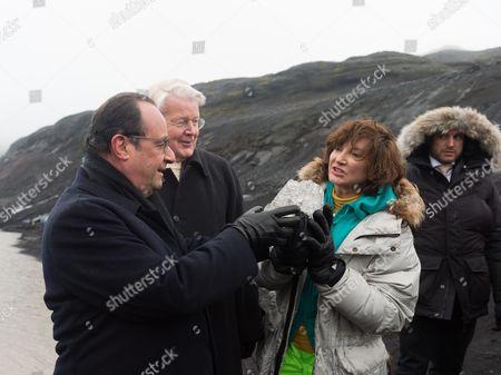 Francois Hollande, Olafur Ragnar Grimsson and Dorrit Moussaieff