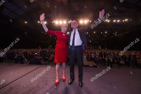 Nicola Sturgeon MSP, Party Leader and First Minister of Scotland, and Stewart Hosie MP (Dundee East), Deputy Leader of the SNP and SNP Westminster Group Leader (Economy)