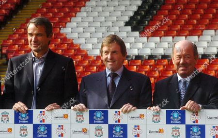 Pic Shows....ex everton and ex liverpool players, ronnie whelan, alan hanson, kenny dalglish, howard kendall and graeme sharp, who were reunited for a press conference at anfield, to promote the marina dalglish charity rematch between the two fa cup finalists of 1986, which is to take place on 1st may at anfield..See Mercury Copy © Mercury Press Agency Ltd. (MPA) This image is copyright. MPA Rate Card reproduction rates apply. Call 0151 236 6707 for details. Not for electronic publication on the internet or other similar formats without agreement on fee.  Electronic library storage and retrieval is authorised by publishers to whom the material has been supplied by the Copyright owner.